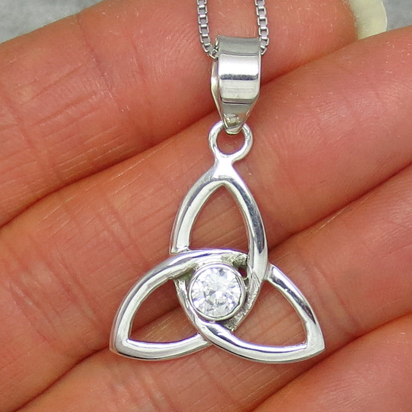 Natural Clear Quartz Rock Crystal Celtic Trinity Knot Necklace - Sterling Silver -- p141101