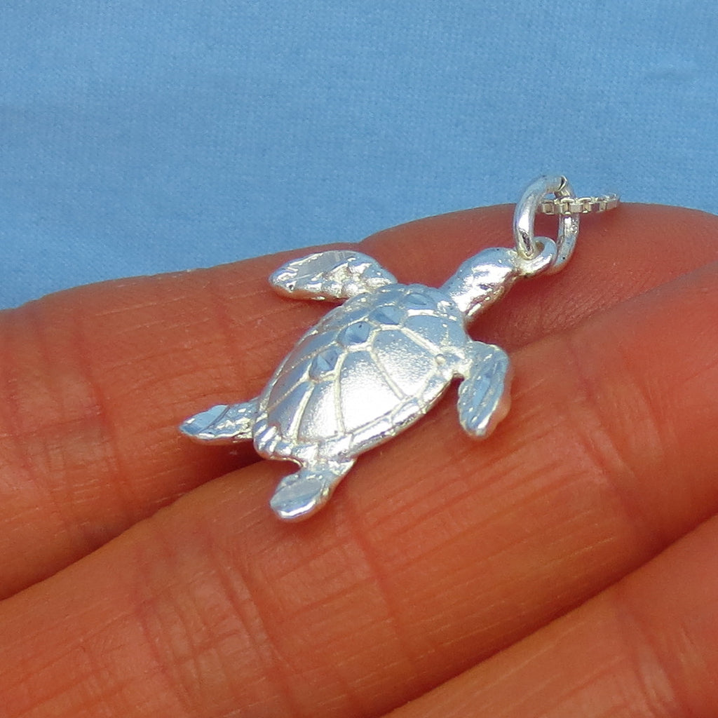 Sterling Silver Sea Turtle Pendant Necklace - 3-D - Brushed Satin Finish with Diamond-Cut Facets - p200533