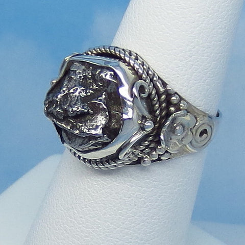 "Size 6 Meteorite Ring - Campo del Cielo - Argentina - Sterling Silver - 5/8"" Tall - 11 x 11mm Meteorite - Floral Western - m261608"