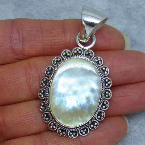 Mother of Pearl Pendant - Sterling Silver - Large - Victorian Vintage Design - Oval - White - Sea Shell - Wedding - 181059