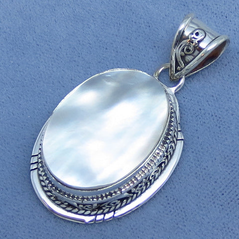 Mother of Pearl Pendant - Sterling Silver - Large - Victorian Vintage Design - Oval - White - Sea Shell - Wedding - 181533