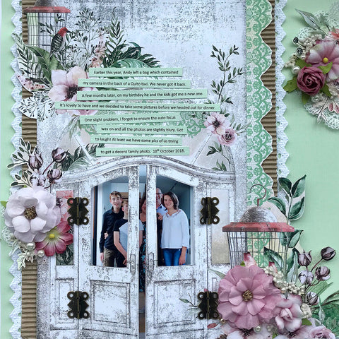 Single scrapbook layout kit with opening doors