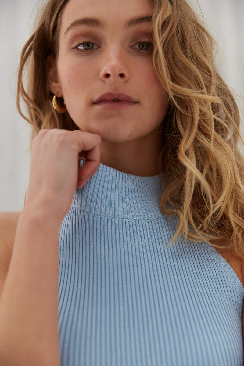 Mock Neck Crop - Baby Blue