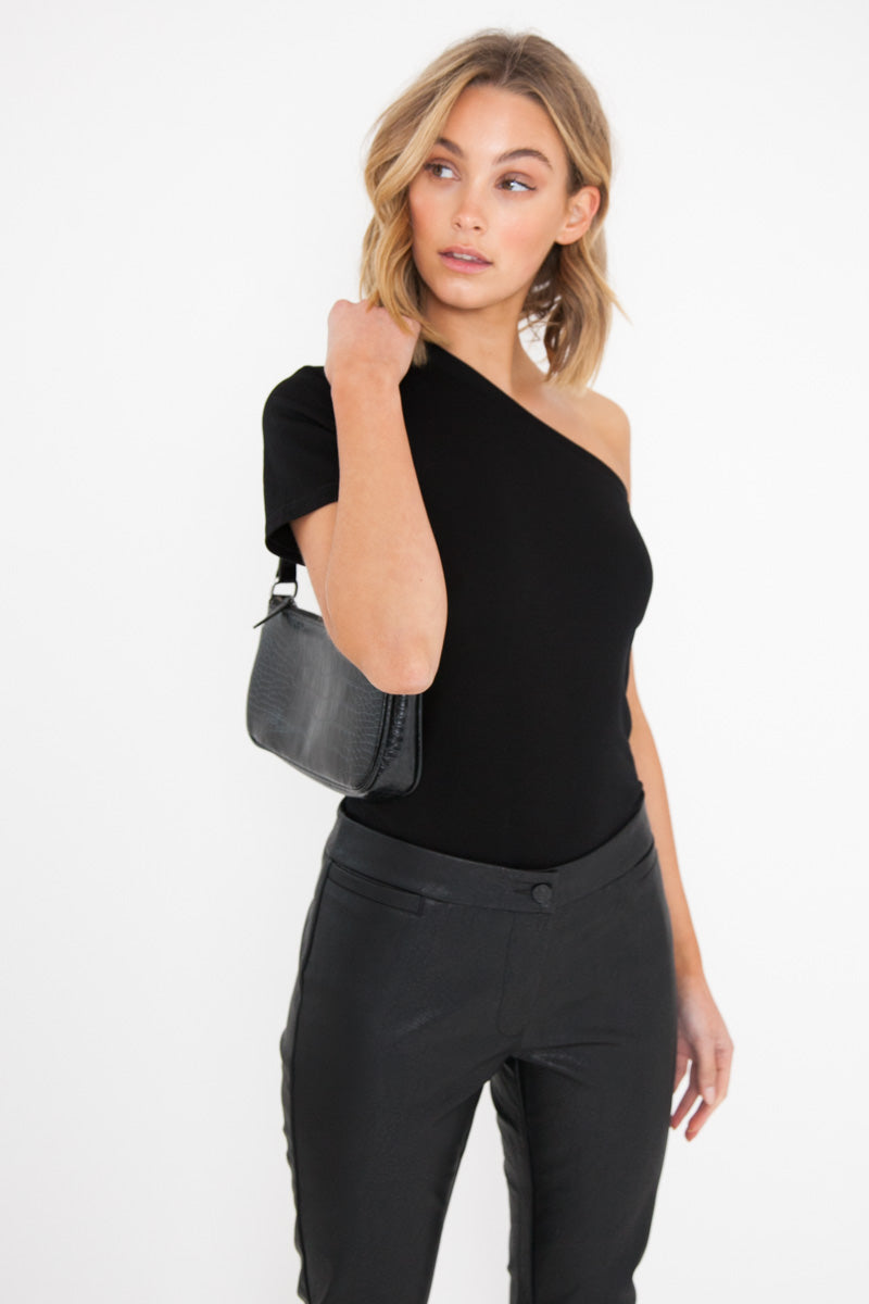 One Shoulder Tee - Black