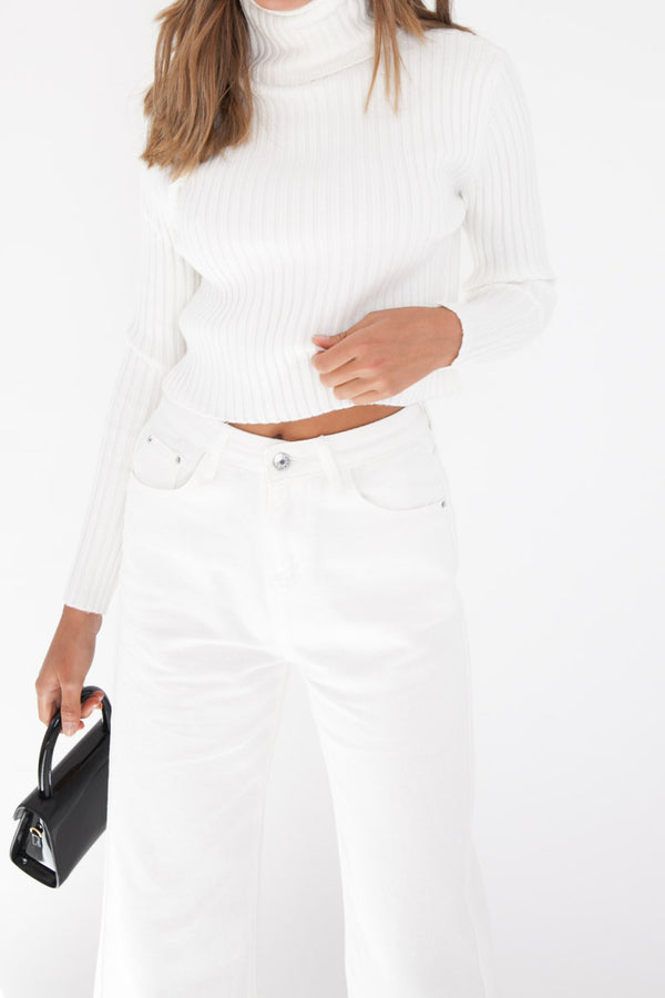 Cropped Knit Jumper - White
