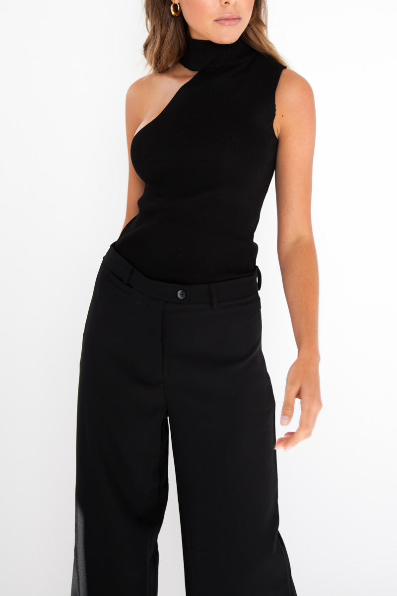 Matea Sleeveless Top - Black
