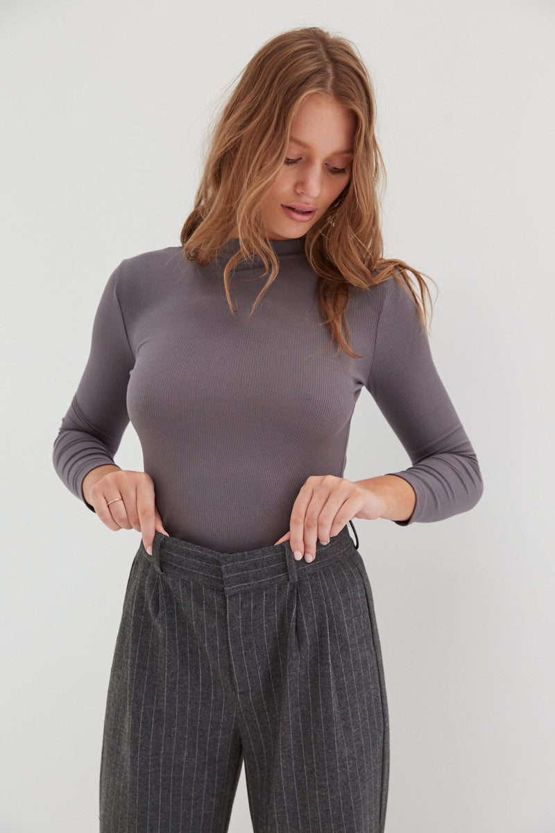 Long Sleeve Ribbed Top - Grey