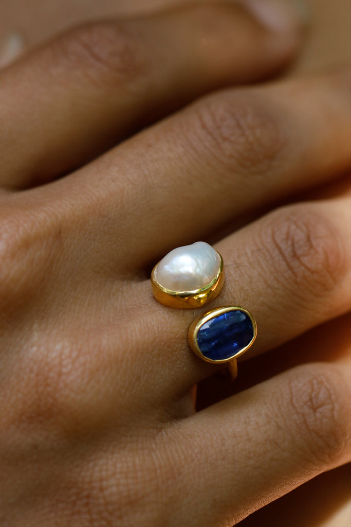 Kyanite & Pearl Ring