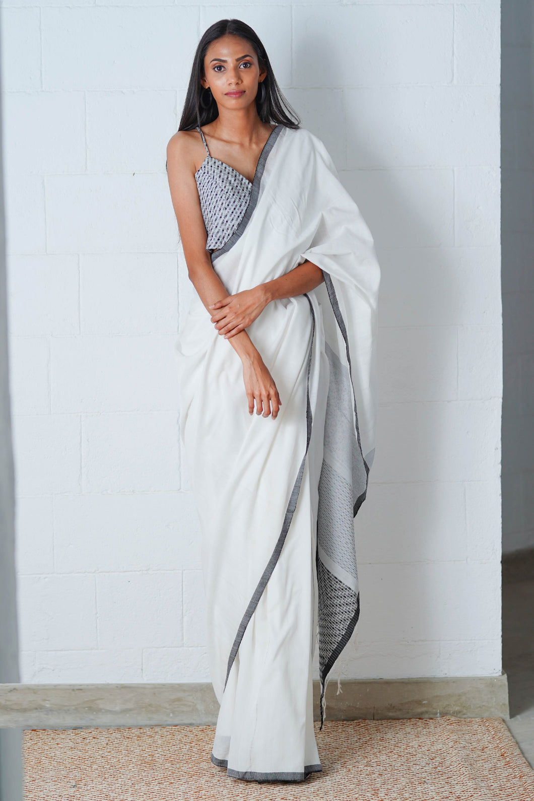 Urban Drape Shadow Snow Saree