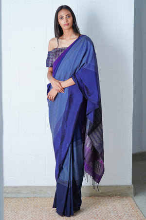 Urban Drape Blueberry Glitter Saree
