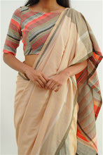 Load image into Gallery viewer, Urban Drape Tropical Blossoms Saree