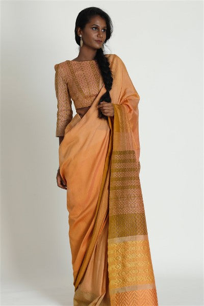 Urban Drape Carolina peach Saree