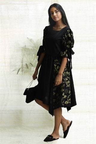 Ceylon motif metallic printed dress