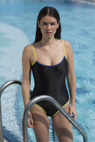 Rumpunch one piece reversible