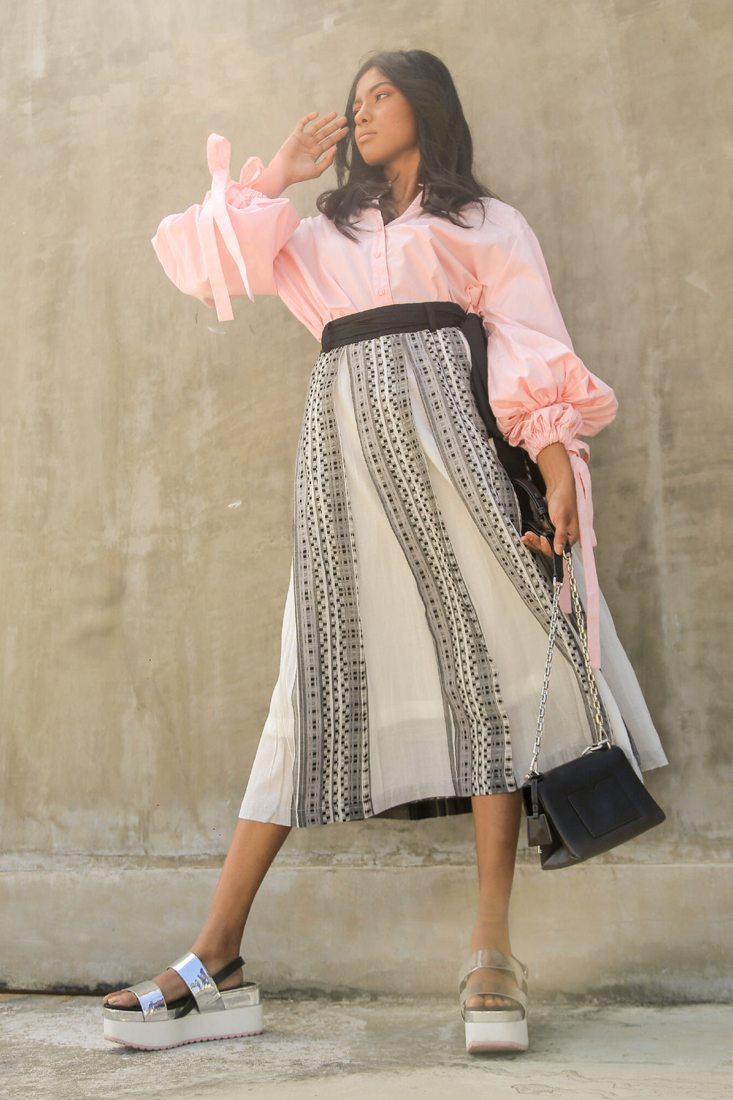 Handwoven Voluminous Skirt-Black & white