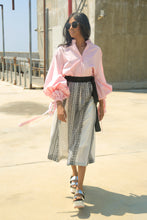 Load image into Gallery viewer, Handwoven Voluminous Skirt-Black & white