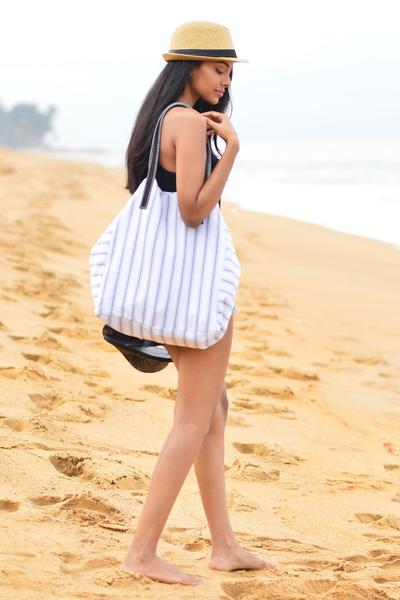 Handwoven Over Size Beach Bag - Fashion Market.LK