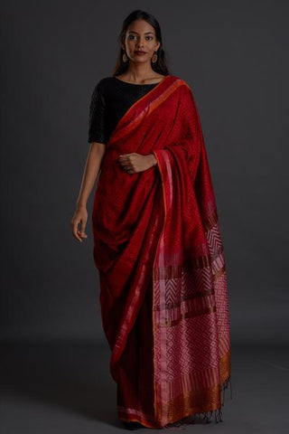 Urban Drape Ruby Flakes Saree