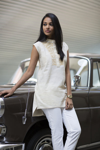 Raw silk  embroidered top