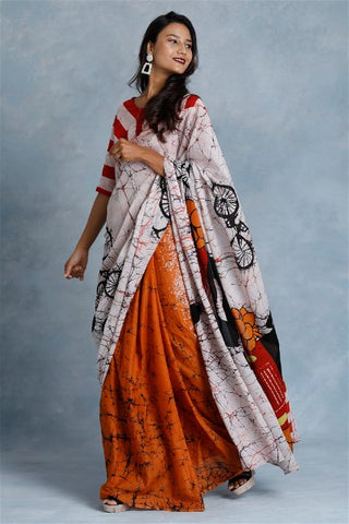 Urban Drape Tuk Tuk It Saree