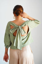 Load image into Gallery viewer, MENDES CEYLON - Green Alice Crop Top