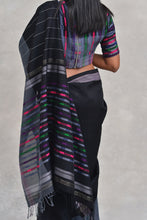 Load image into Gallery viewer, Urban Drape Refraction Saree