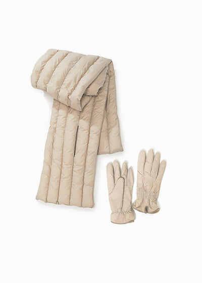 Basic Puffer Scarf and Shirring Puffer Gloves Beige set