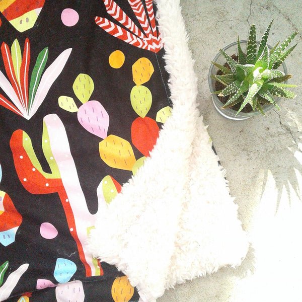 "Haus Throw ""Cactus"""