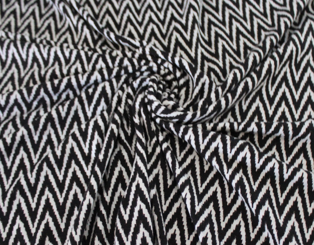 End of BOlt: 1.5 yards of Famous Maker Zig Zag Black and White Rayon Spandex Knit