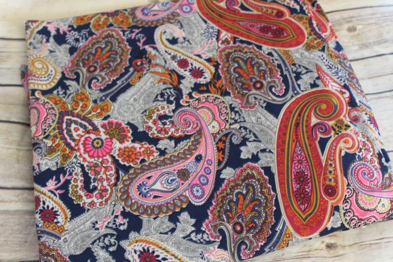 End of BOlt: 4 yards of Designer Paisley Boho Chic Knit