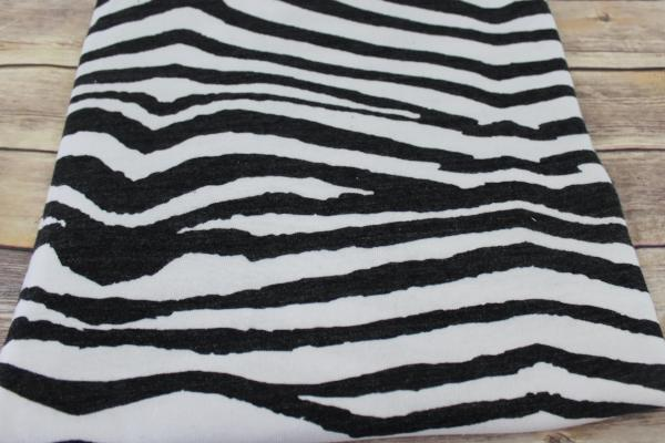 End of Bolt: 2.5 yards of Famous Maker Zebra Sweater Hacci Knit