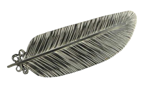 Kereru feather Brooch