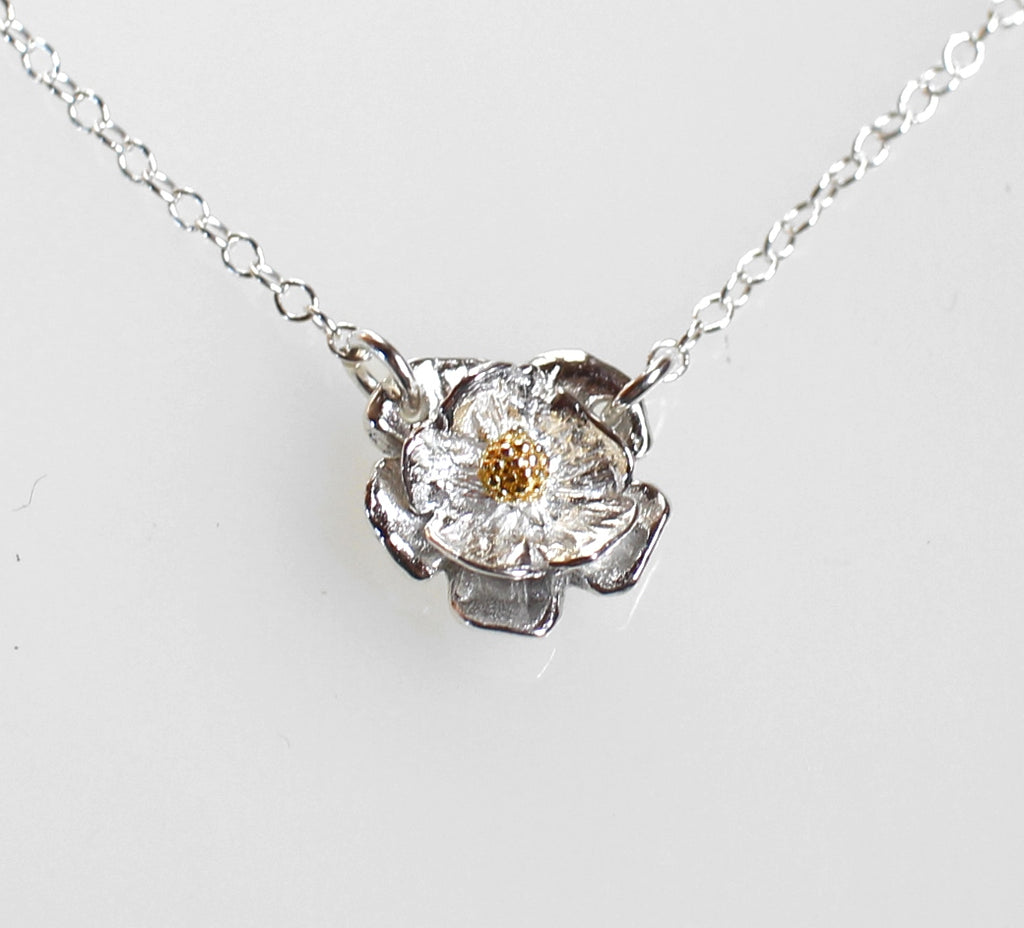 Mount Cook Lily Flower Necklace