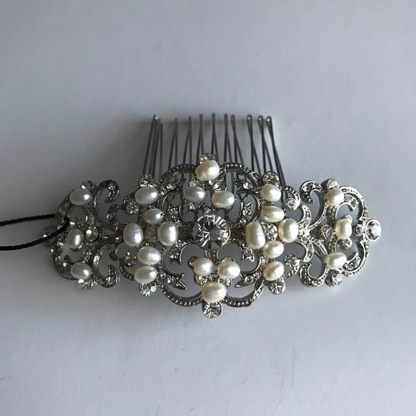 Pearl Hair Comb - Veronique Boutique