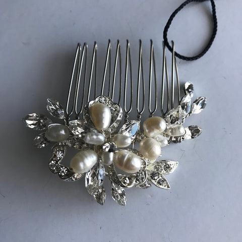Lenora Hair Comb - Veronique Boutique
