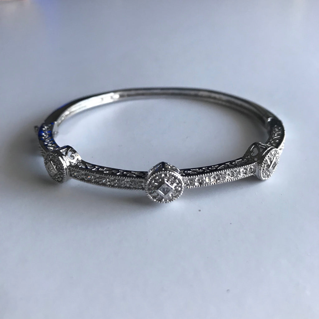 Makayla Bangle - Veronique Boutique
