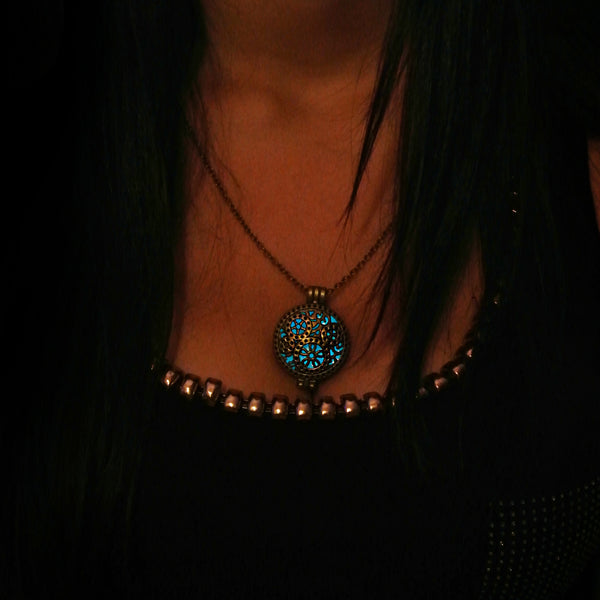 Time Machine - Blue - www.CuteGlow.com Glow in the dark jewelry