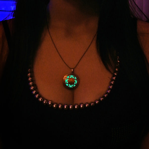 Orient - Turquoise - www.CuteGlow.com Glow in the dark jewelry