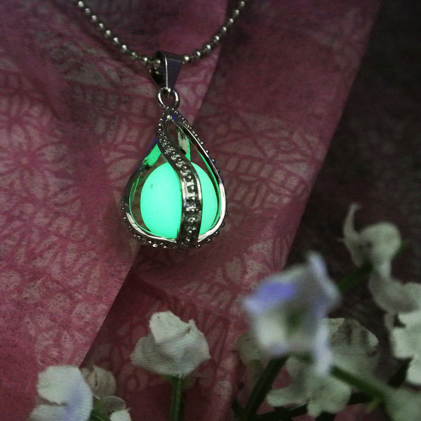 Teardrop - Green - www.CuteGlow.com Glow in the dark jewelry
