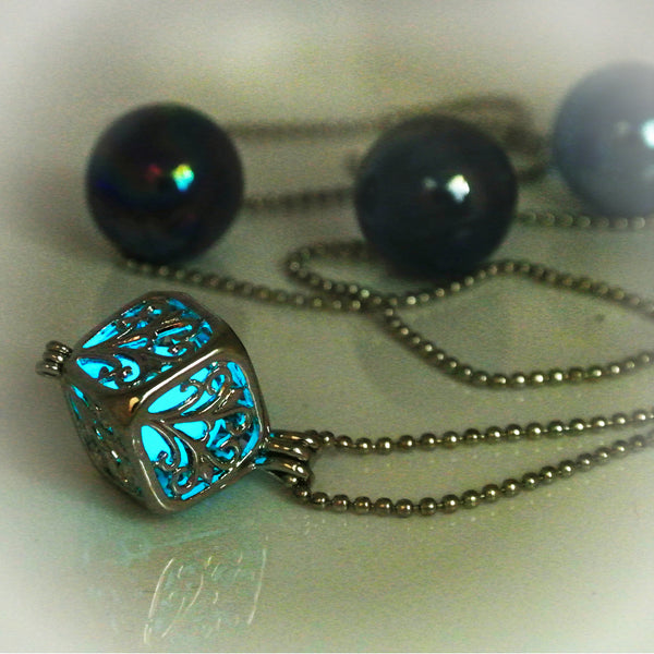 Pandora Box - Turquoise - www.CuteGlow.com Glow in the dark jewelry