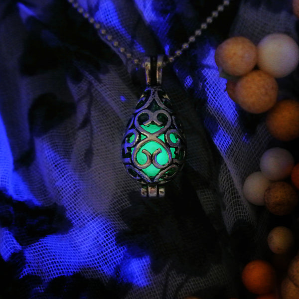 Shiny Drop - Green - www.CuteGlow.com Glow in the dark jewelry