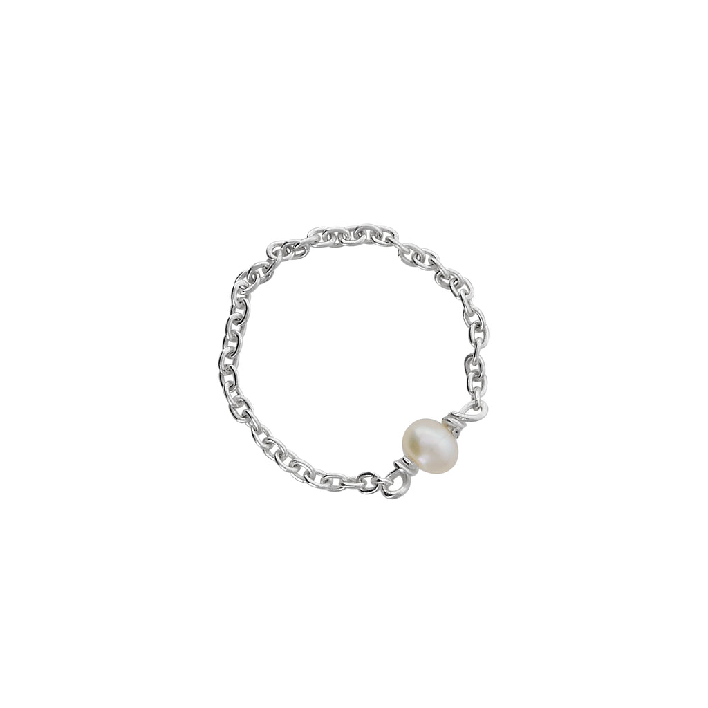 VIKA jewels pearl Perle chain Kette ring Schmuck jewellery jewelry handmade sustainable ethical bali berlin nachhaltig recycled sterling silver