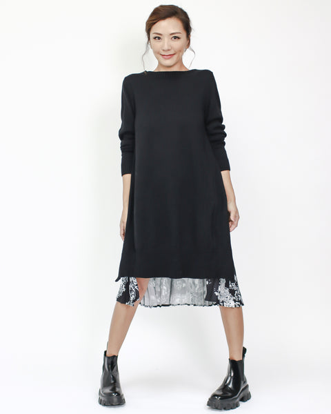 black knitted with printed pleats back dress *pre-order*