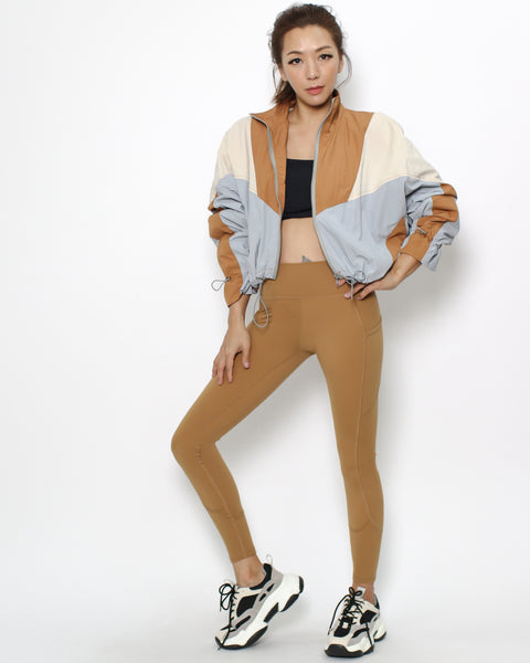 camel seams sports ankle leggings with pockets *pre-order*