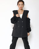 black shoulder pads cutout sleeves blazer