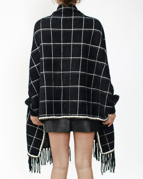 black checkers knitted tassels poncho *pre-order*