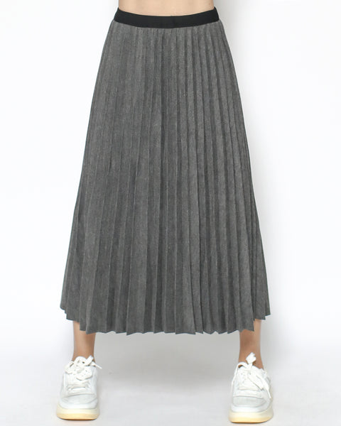 grey pleats knitted skirt *pre-order*