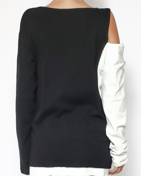black with ivory contrast cutout shoulder tee*pre-order*