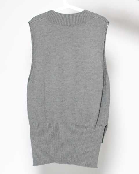 grey knitted vest