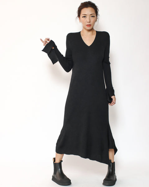 black knitted asymmetric hem dress